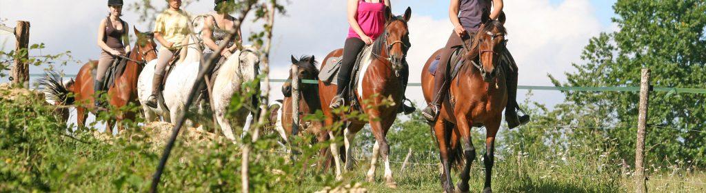 randonnee à cheval en gironde pres de bordeaux